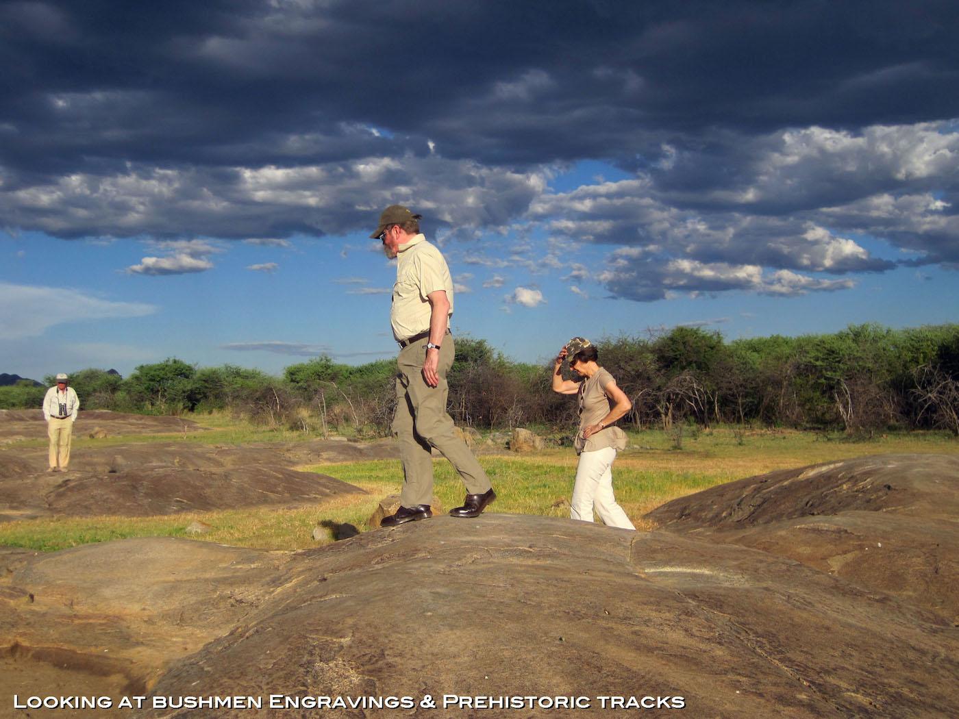 namibia-hunting-bushmen-engravings